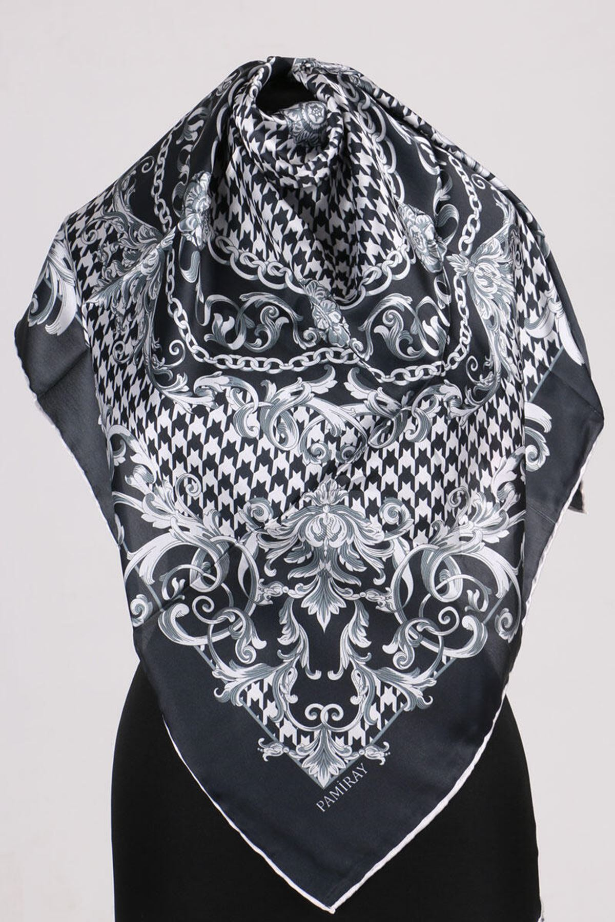 17164 Chain Patterned Twill Scarf - Black