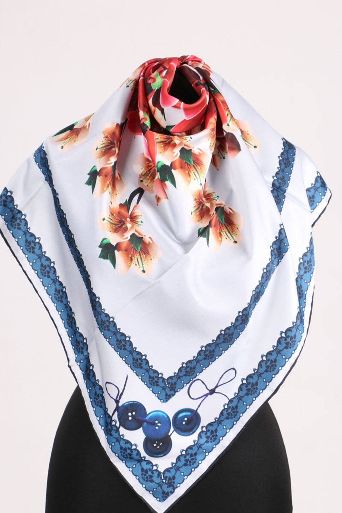17167 Button-Flower Patterned Twill Scarf - V8