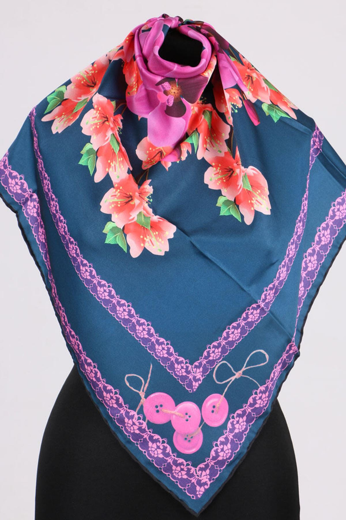 17167 Button-Flower Patterned Twill Scarf - V3