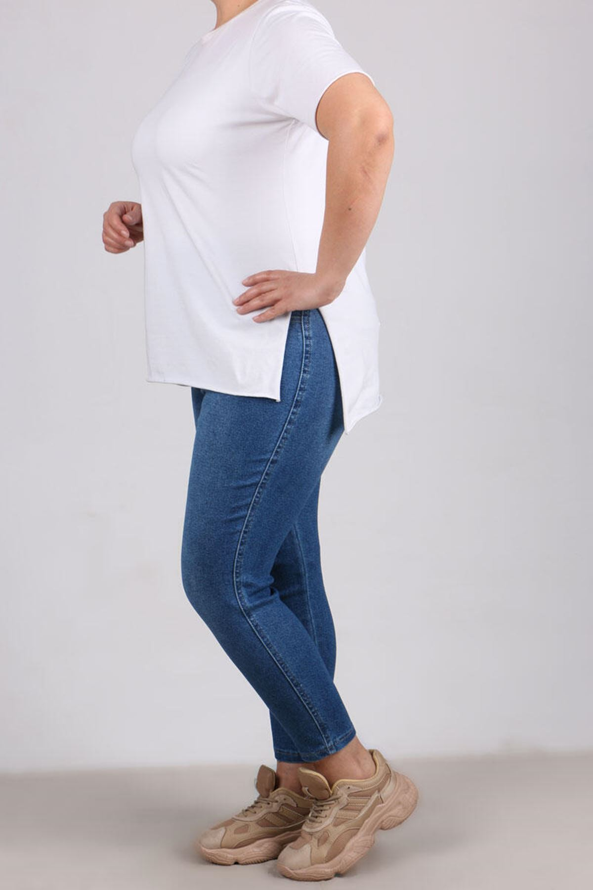 9109-5 Plus Size Elastic Waist Skinny Leg Jeans - Ice Blue