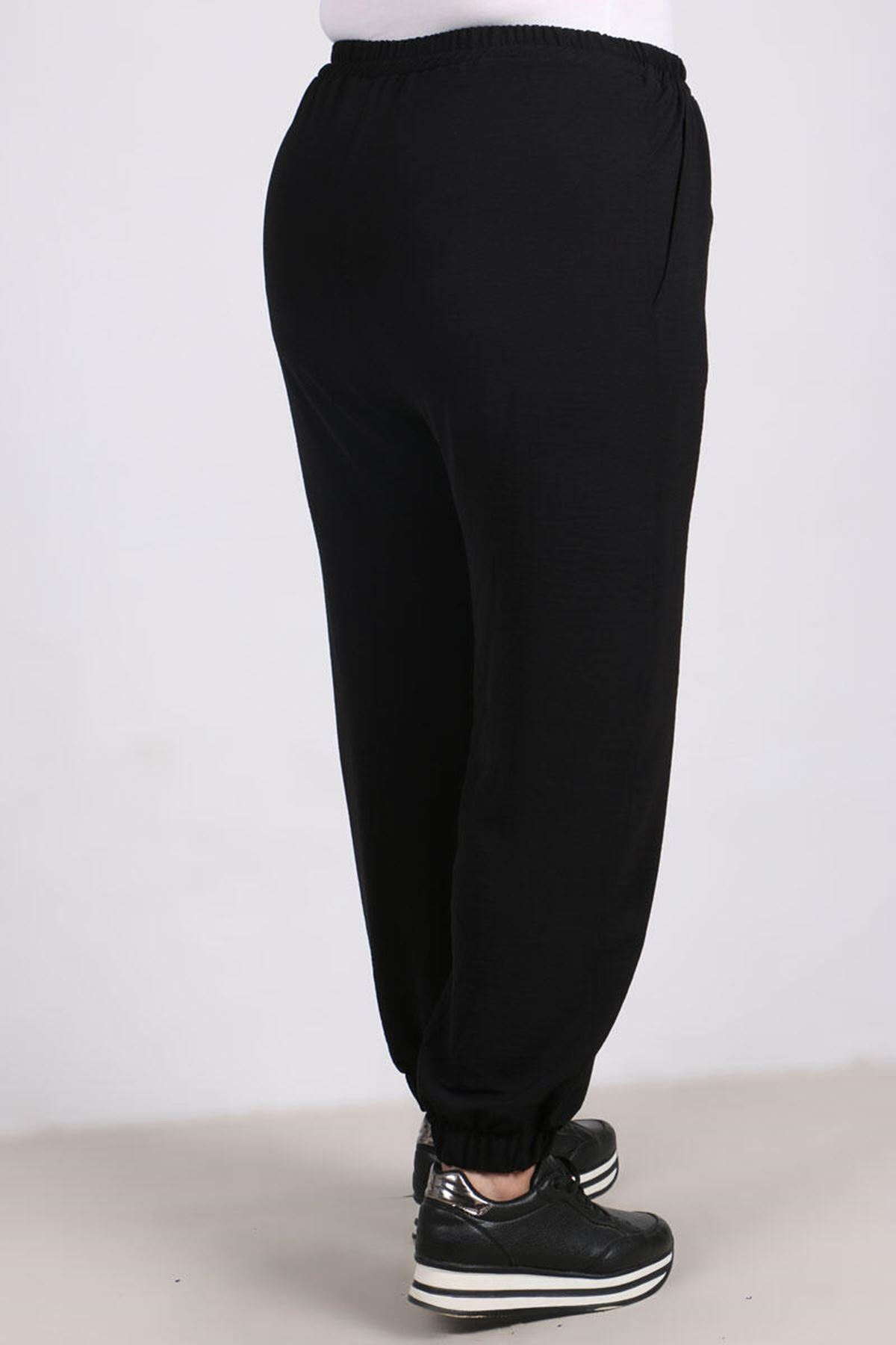 9113 Plus Size Pants with Elastic Waist and Trotters - Black
