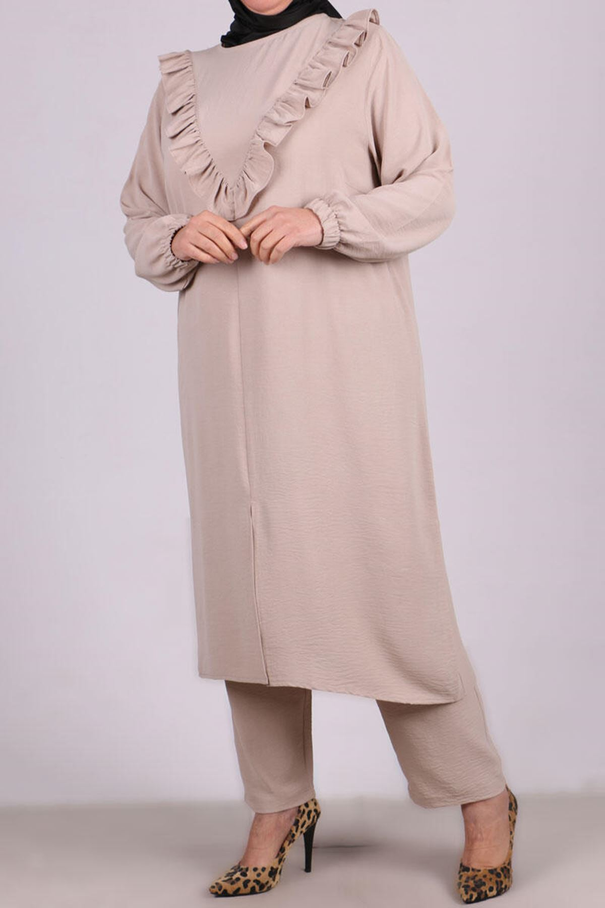 7674 Plus Size Two Piece Set with Tunic and Pants- Stone