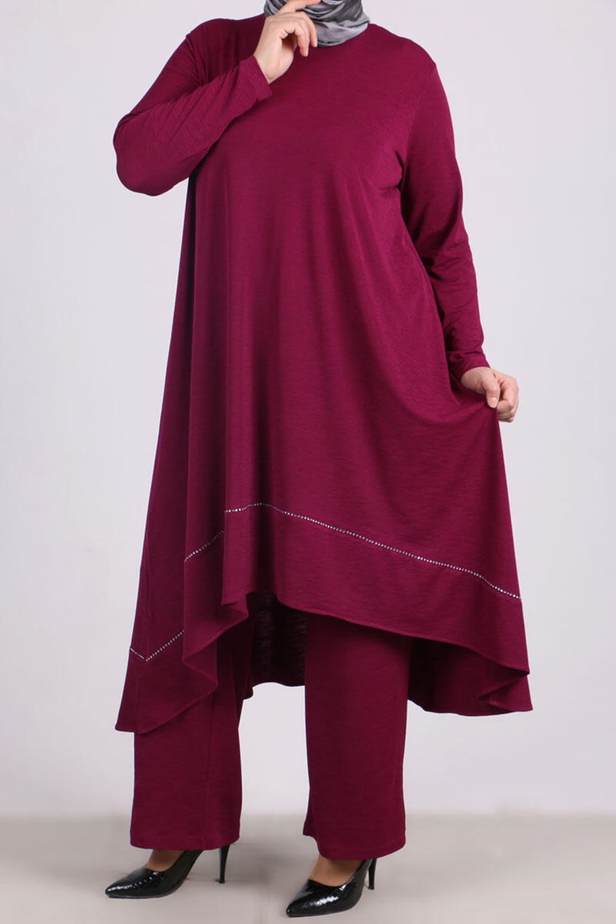 7675 Plus Size Two-Piece Set with Tunic and Pants-- Plum