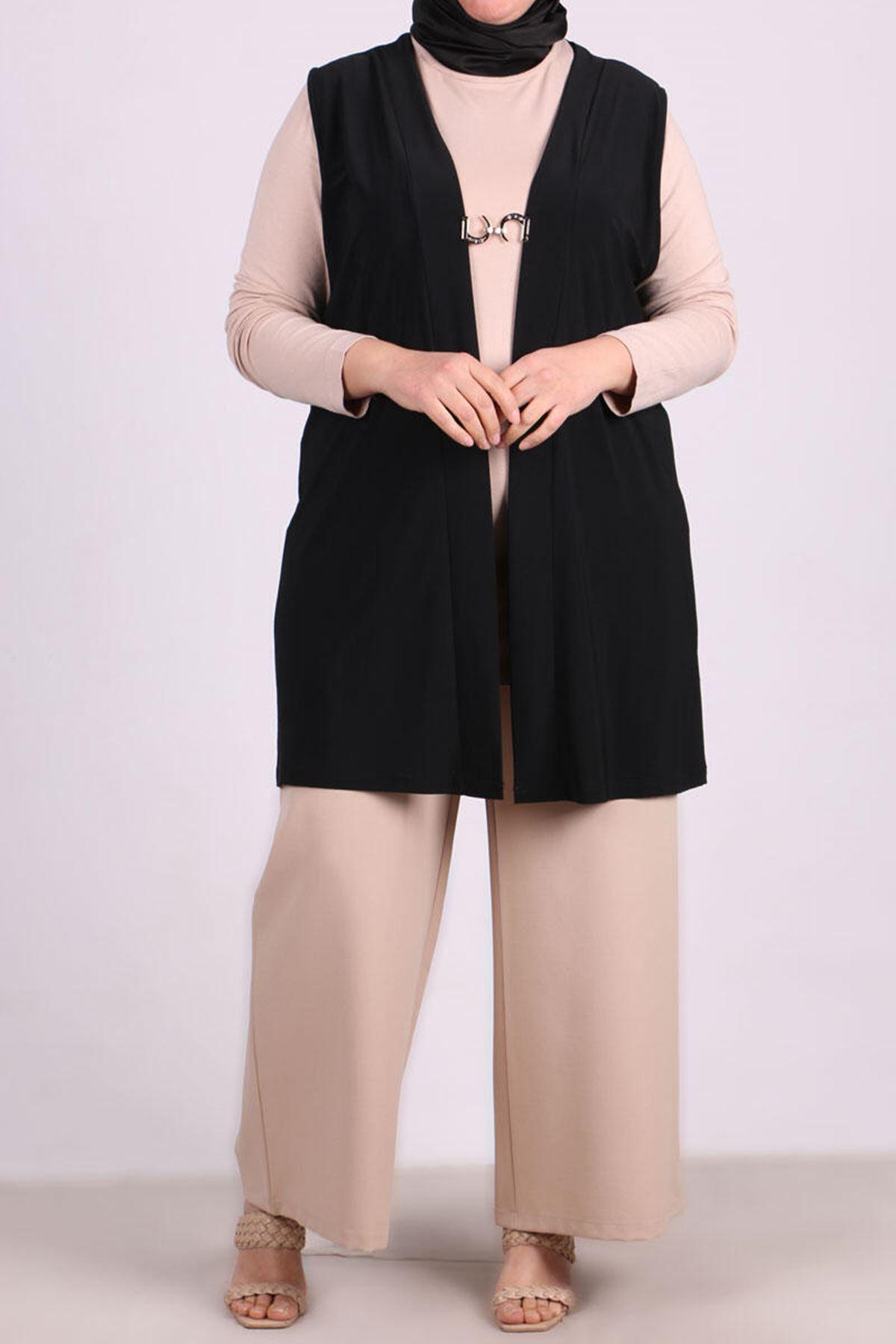 4045  Front Hooked Plus Size Vest - Black