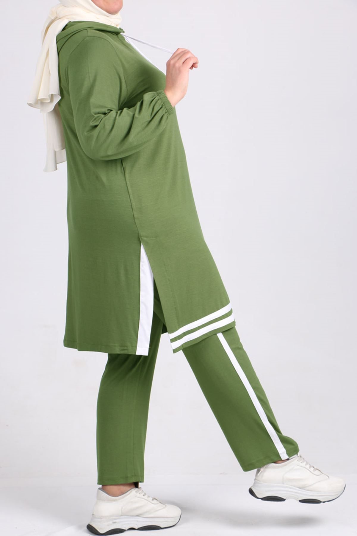 7689 Plus Size Two Piece Set with Tunic and Pants- Green