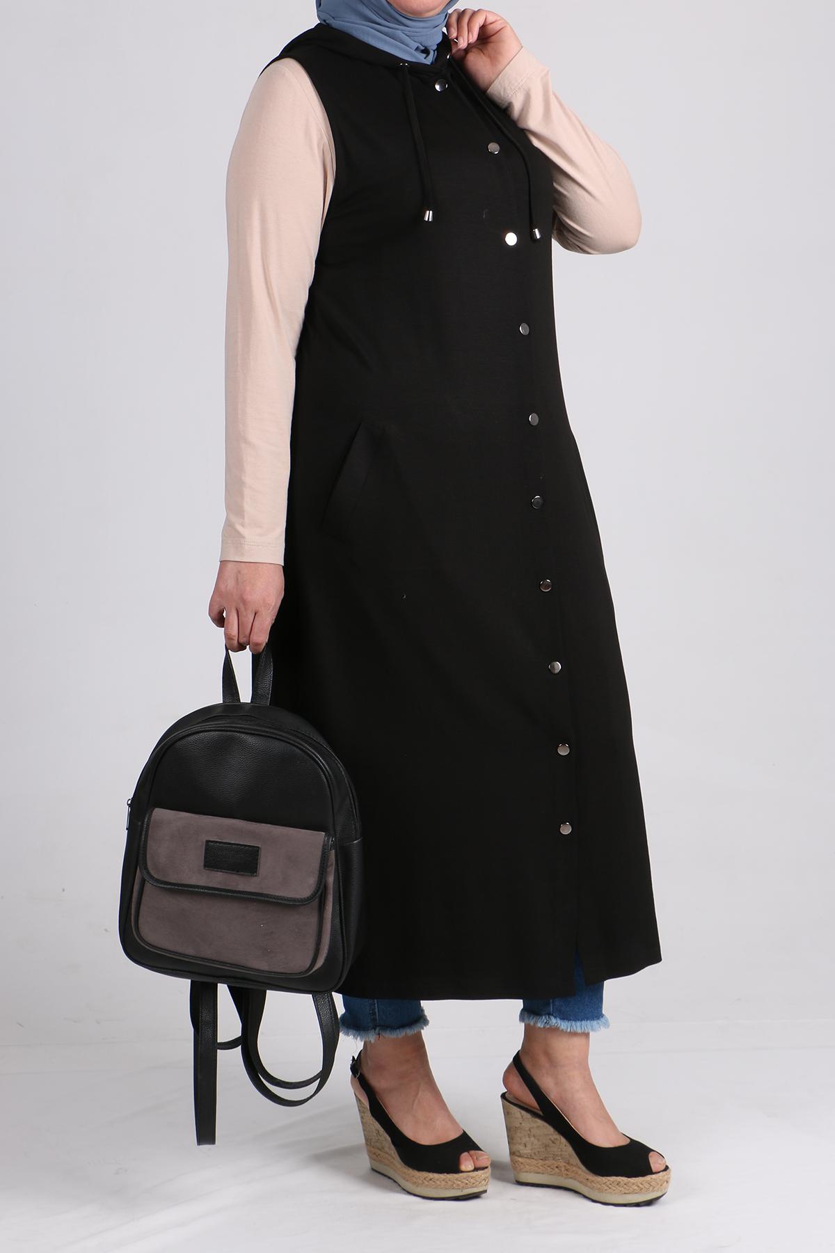 4051 Plus Size Snap Fastener Vest - Black