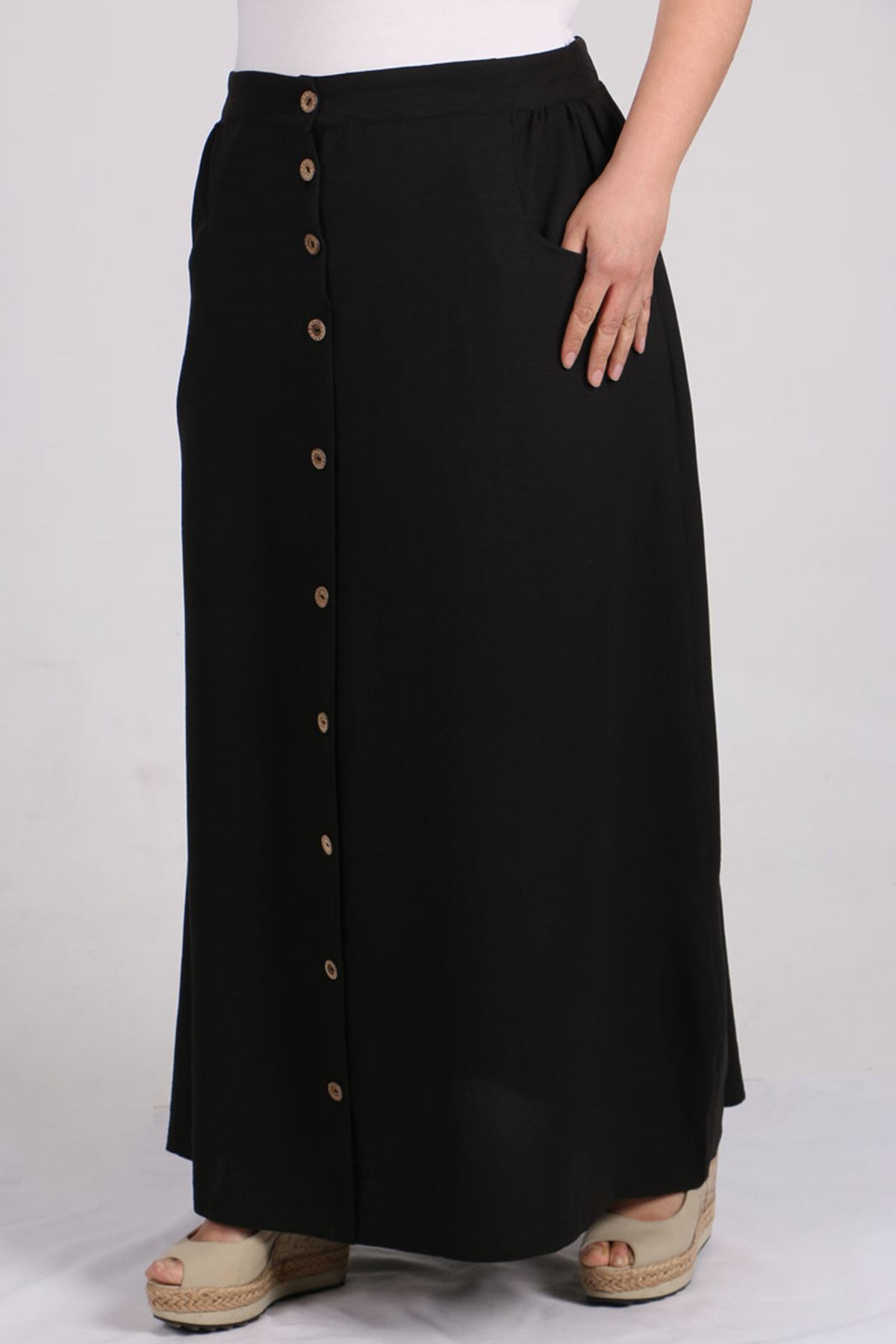 5042 Plus Size Front Buttoned Skirt - Black