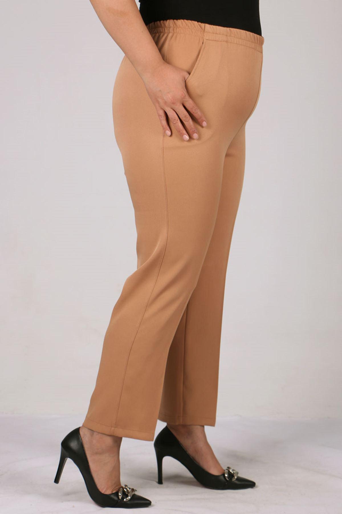 9025 Büyük Beden Beli Lastikli  Boru Paça Pantolon - Açık Tarçın
