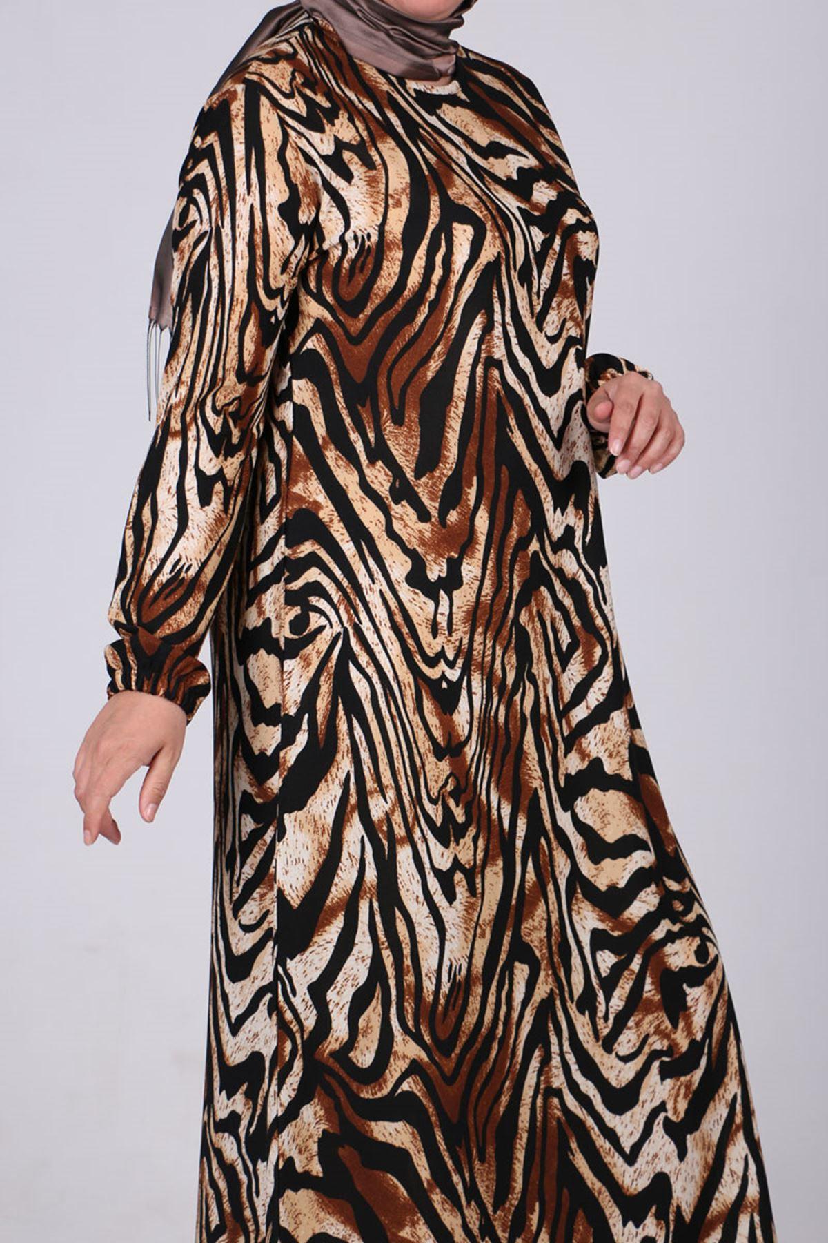 2093 فستان بأكمام مرنة  مقاس كبيرة - كاكي