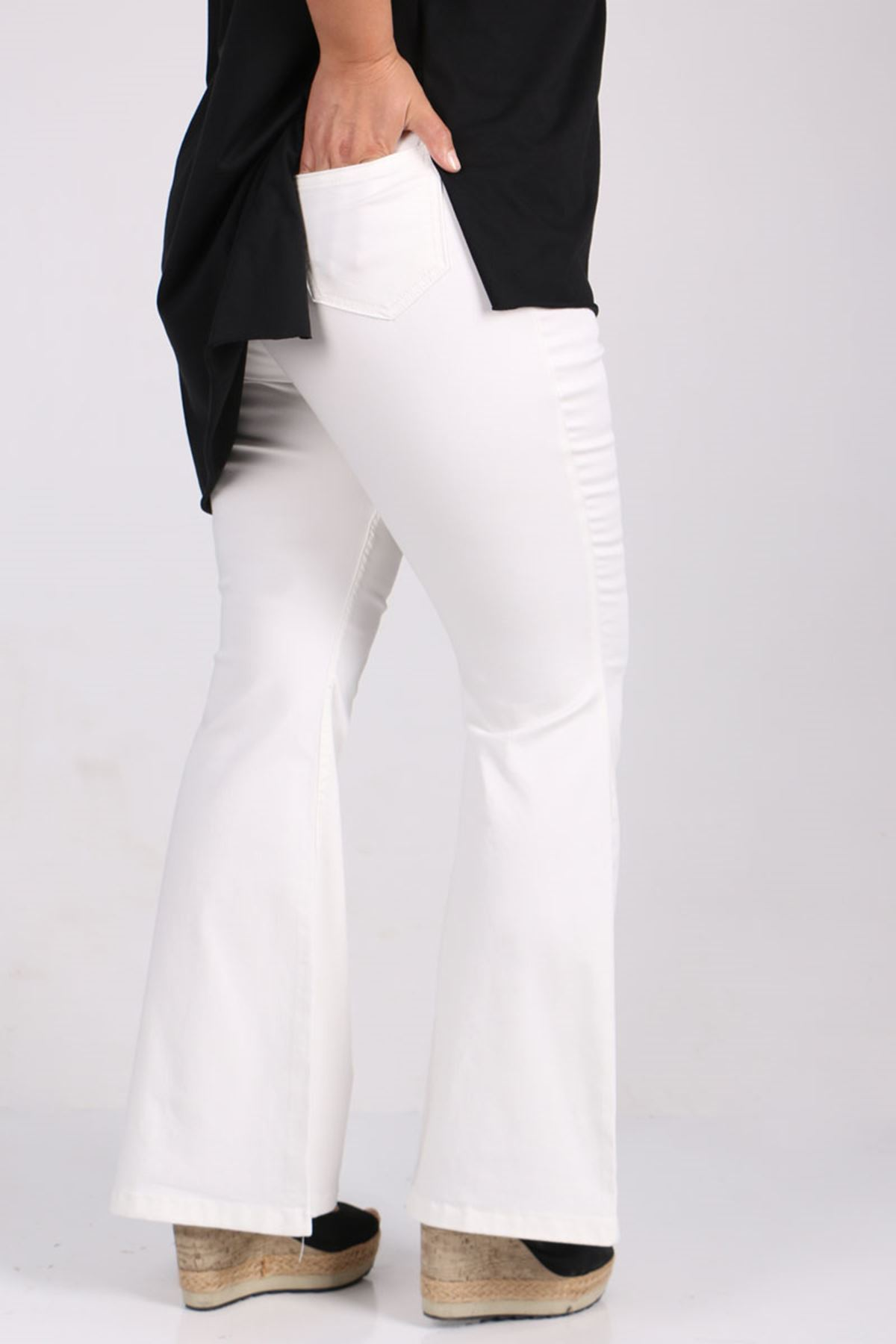 9137-1 Büyük Beden Beli Lastikli İspanyol Paça Kot Pantalon-Beyaz