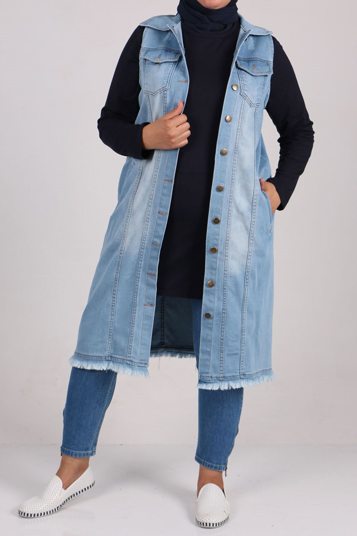 4055 سترة بدون أكمام جينز مقاس كبير - أزرق ثلجي