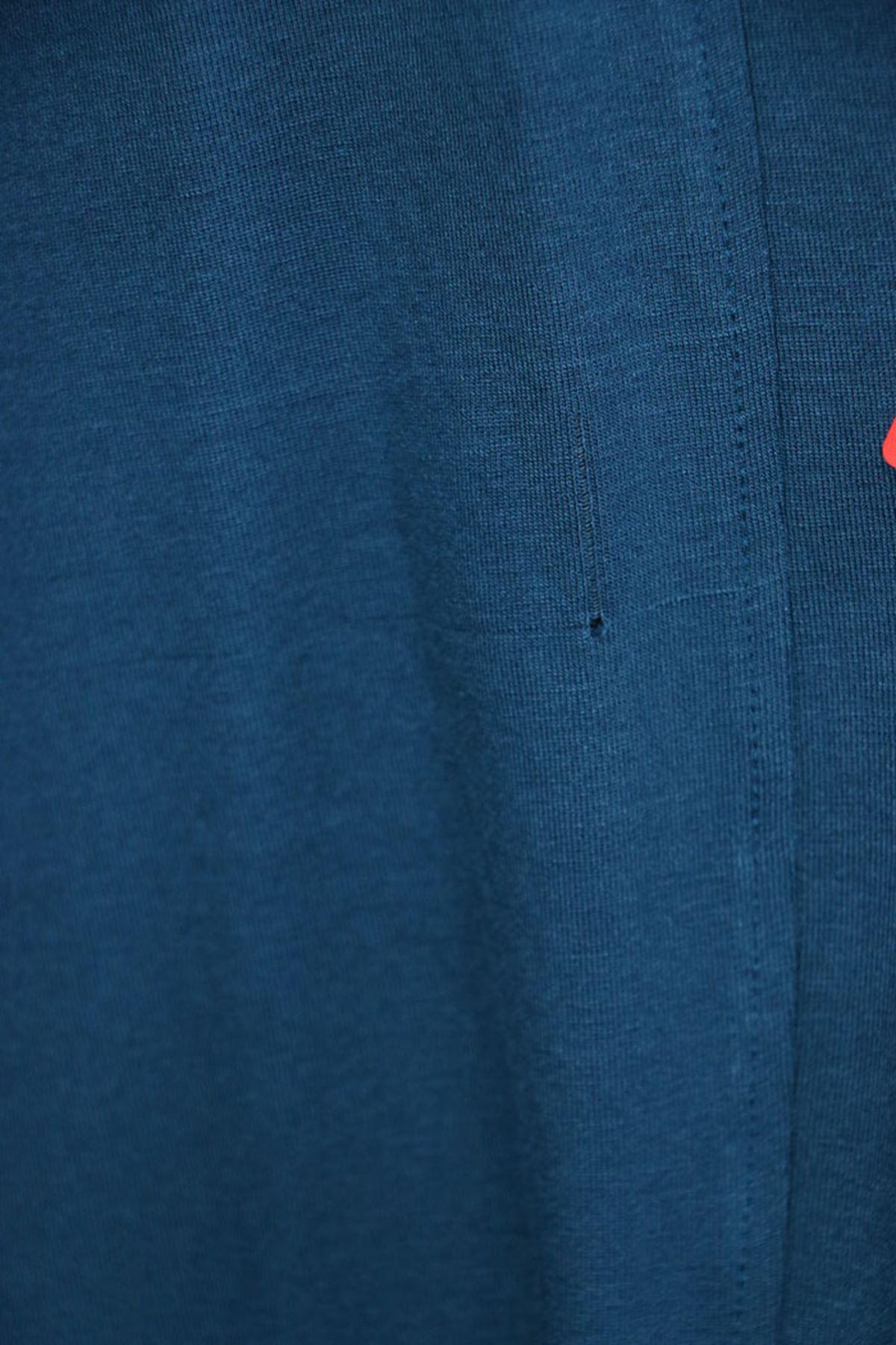 3013 جاكيت  مقاس كبير - أحمر