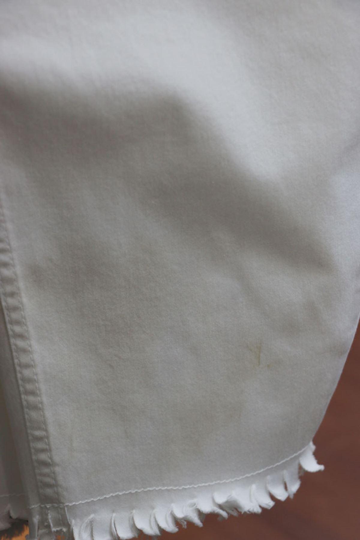 D-9138-1-1  Büyük Beden Defolu Beli Lastikli Alt Püsküllü Kot Pantolon-Beyaz
